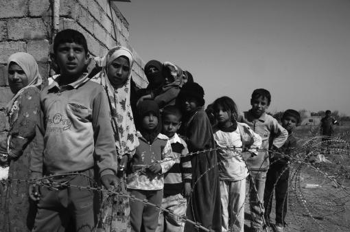 children-of-war-1172016_1920